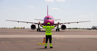 Airlines push ground handlers to cut turnaround times and open up to new technologies