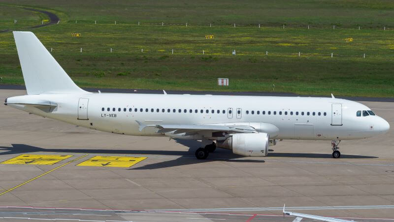 Avion Express to lease four Airbus A320 aircraft to LOT Polish Airlines